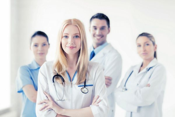 Assicurazione medici specializzandi: cosa devi sapere