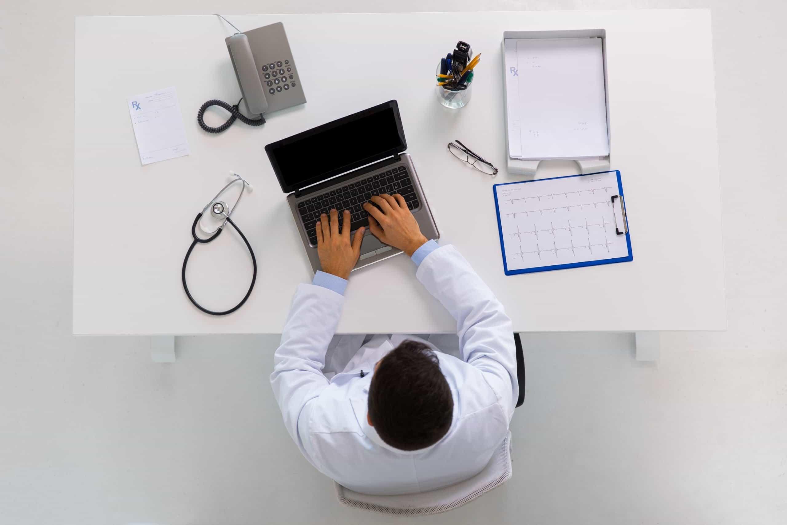 la migliore assicurazione per giovani medici